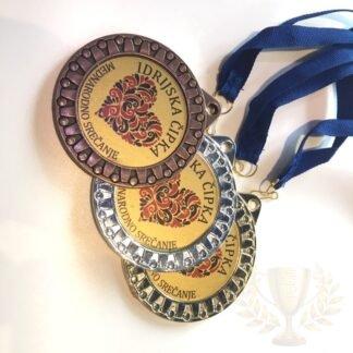 Medalje kompleti po 3