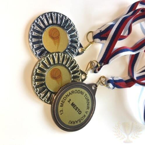 medalja v kosarki
